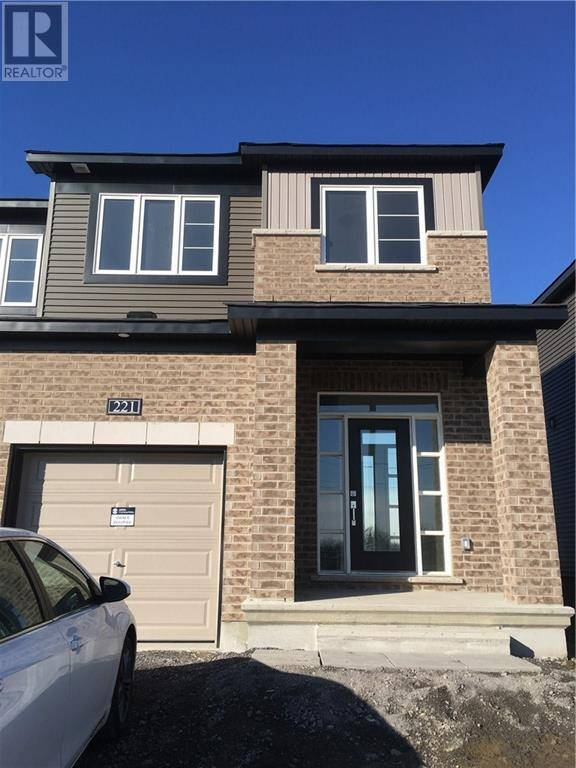 Townhouse for rent at 221 Bending Wy Ottawa Ontario - MLS: 1176207