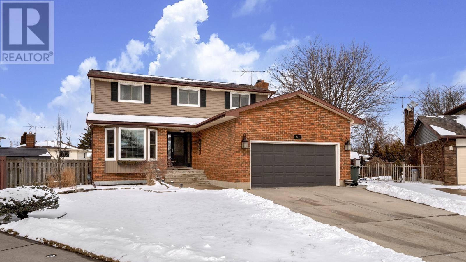 House for sale at 221 Donalda  Tecumseh Ontario - MLS: 20001836