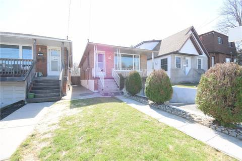 House for sale at 221 24th St East Hamilton Ontario - MLS: H4051189