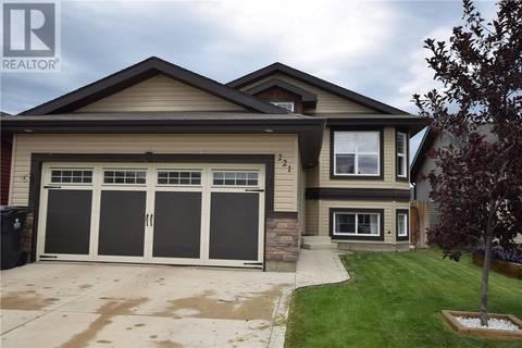 House for sale at 221 Enns Cres Martensville Saskatchewan - MLS: SK777550