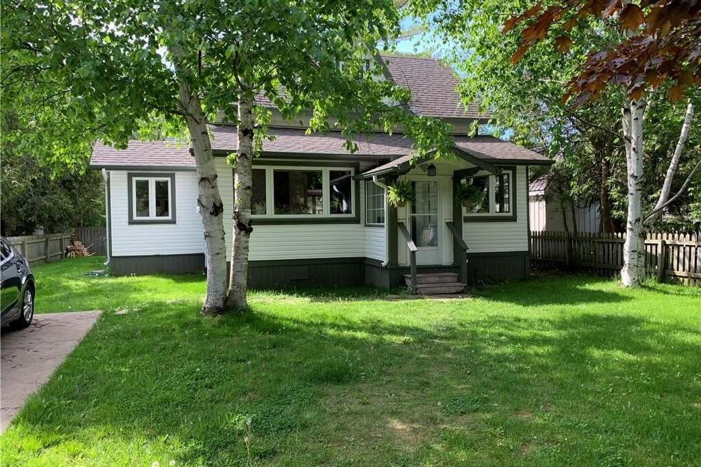 House for sale at 221 Huron St S Southampton Ontario - MLS: 257118