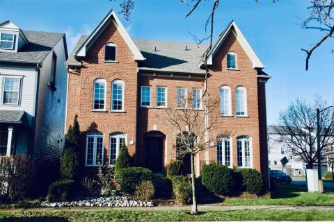 Townhouse for rent at 221 Littlewood Dr Oakville Ontario - MLS: W4865184