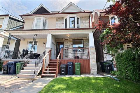 Townhouse for sale at 221 Silverthorn Ave Toronto Ontario - MLS: W4494434