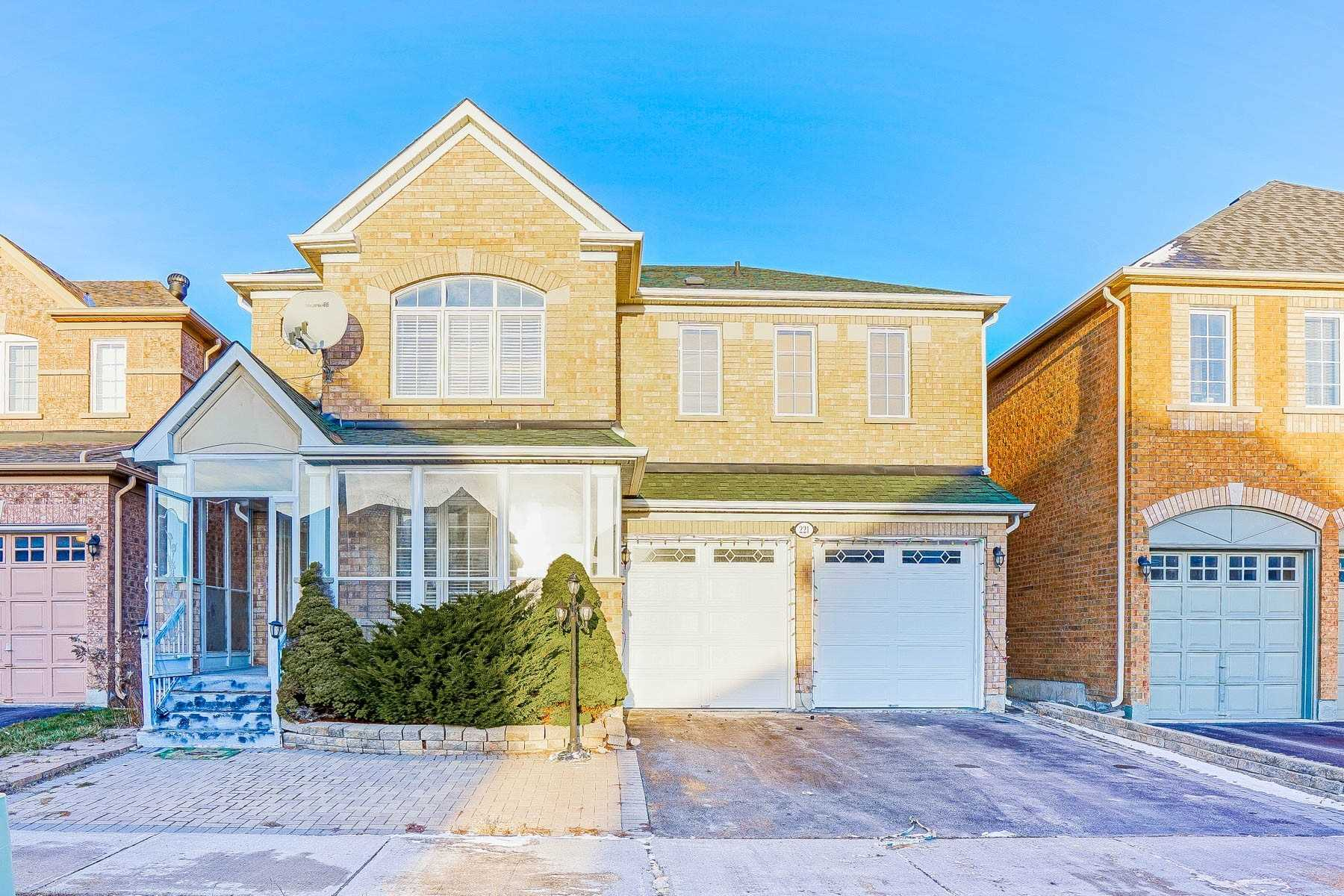 For Sale: 221 Williamson Road, Markham, ON | 4 Bed, 5 Bath House for $1458000.00. See 30 photos!