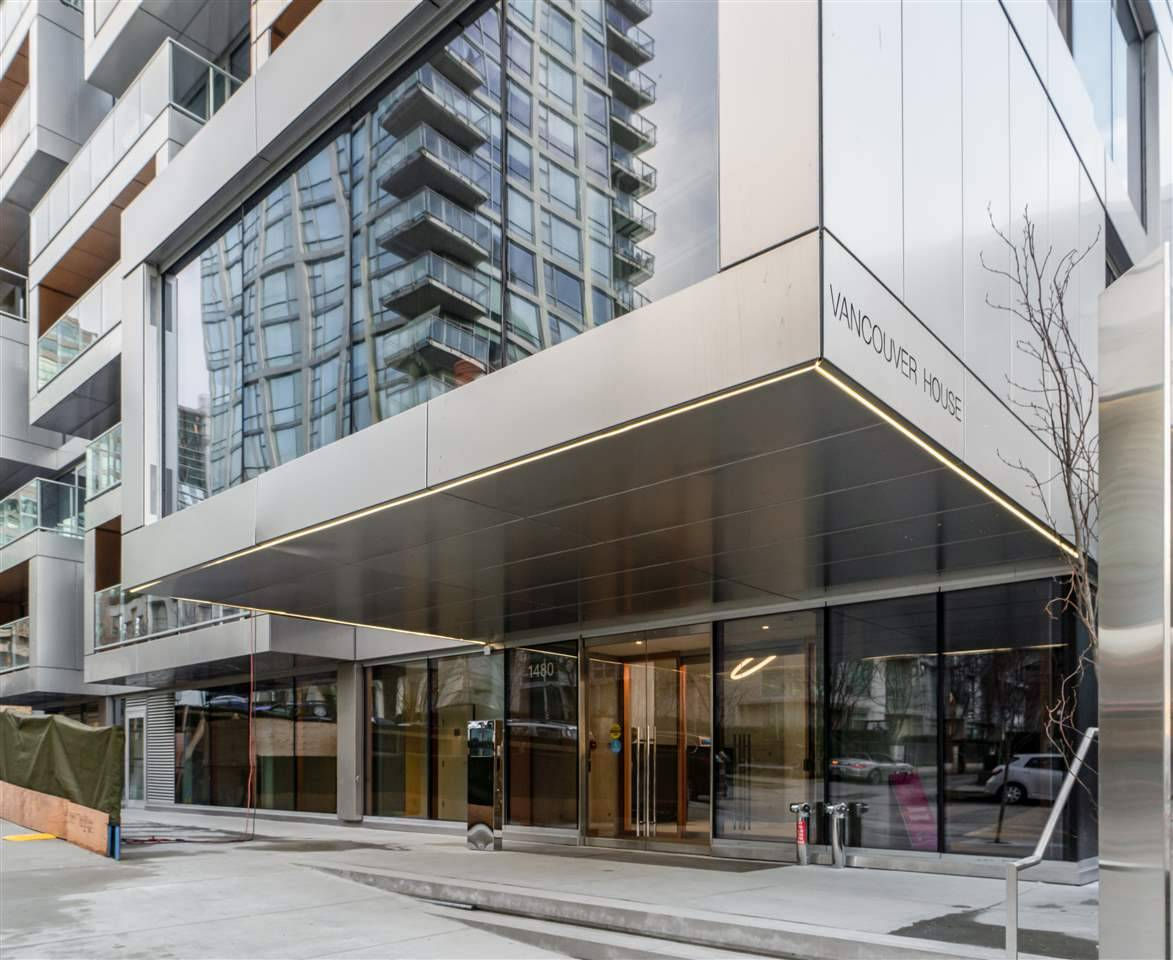 Condo for sale at 1480 Howe St Unit 2210 Vancouver British Columbia - MLS: R2432427