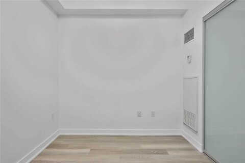 Apartment for rent at 426 University Ave Unit 2210 Toronto Ontario - MLS: C4985776