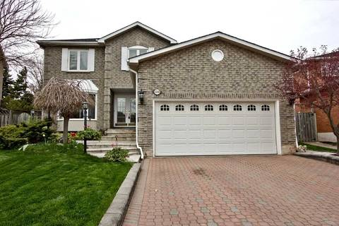 House for sale at 2210 Castlefield Cres Oakville Ontario - MLS: W4445840