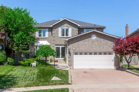 House for sale at 2210 Castlefield Cres Oakville Ontario - MLS: W4489213