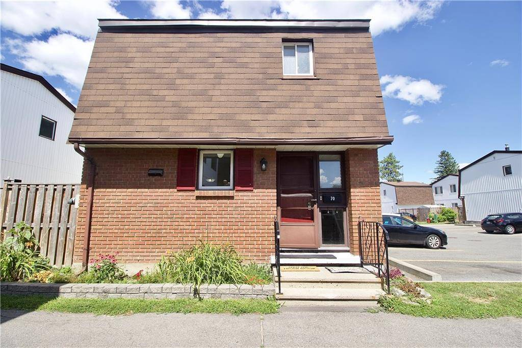 Townhouse for sale at 2210 Loyola Ave Ottawa Ontario - MLS: 1166050