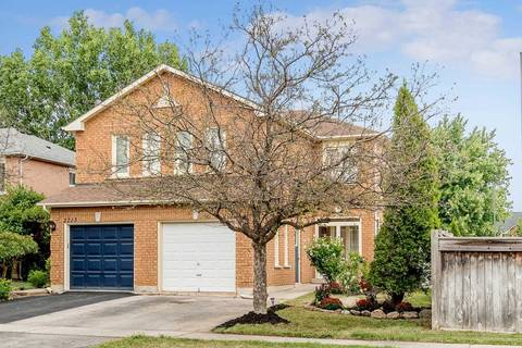 Townhouse for sale at 2211 Dale Ridge Dr Oakville Ontario - MLS: W4614792