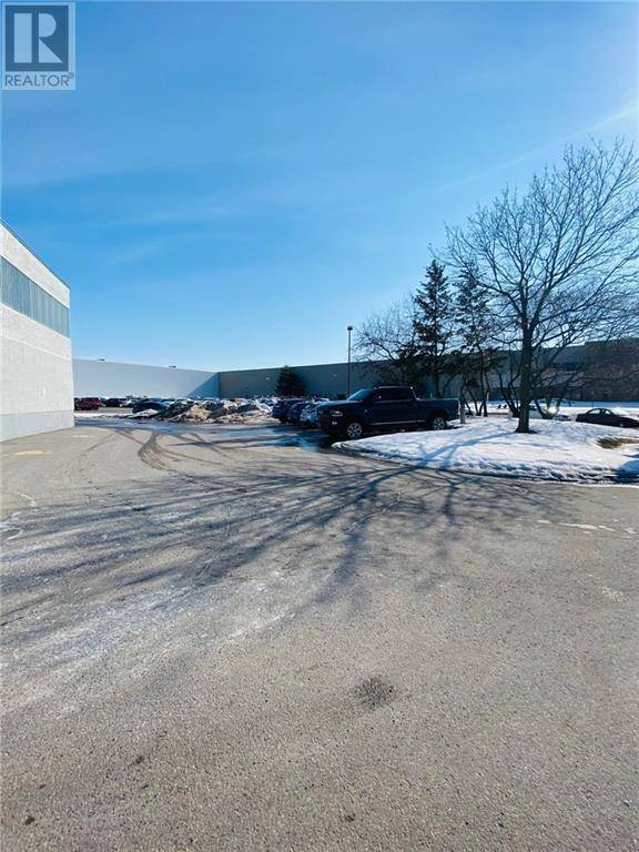 2212 Gladwin Crescent, Ottawa | Image 2
