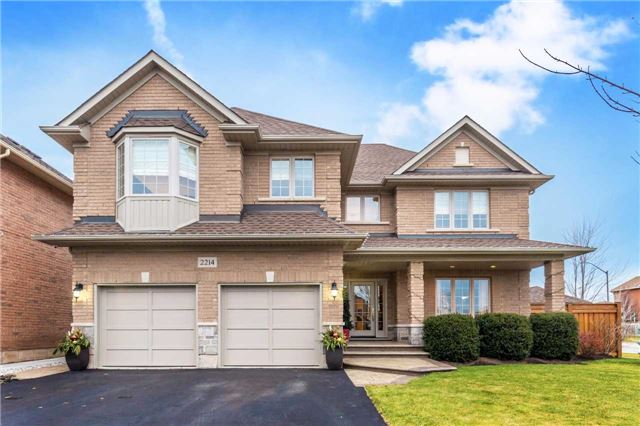 For Sale: 2214 Brookhaven Crescent, Oakville, ON | 4 Bed, 4 Bath House for $1,398,000. See 20 photos!