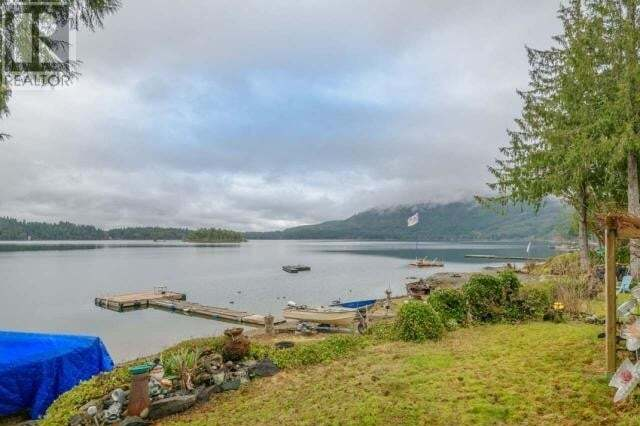 House for sale at 2214 South Lake Rd Qualicum Beach British Columbia - MLS: 466120
