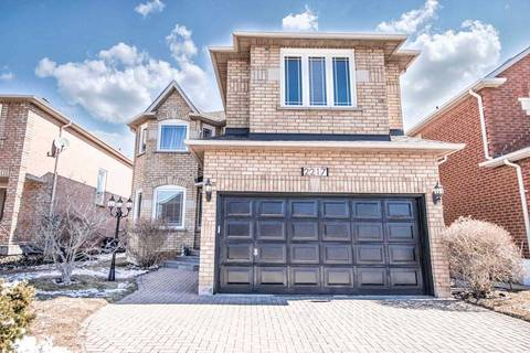 House for sale at 2217 Fourth Line Oakville Ontario - MLS: W4402476