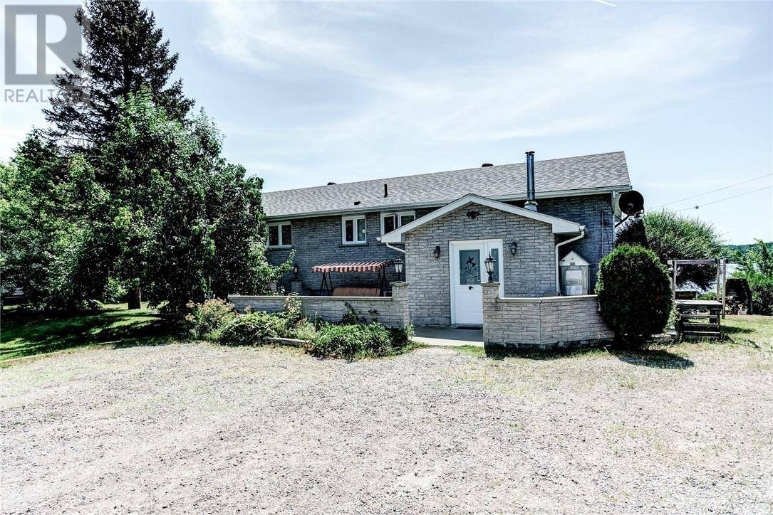 House for sale at 2217 Vermillion Lake Rd Chelmsford Ontario - MLS: 2078953