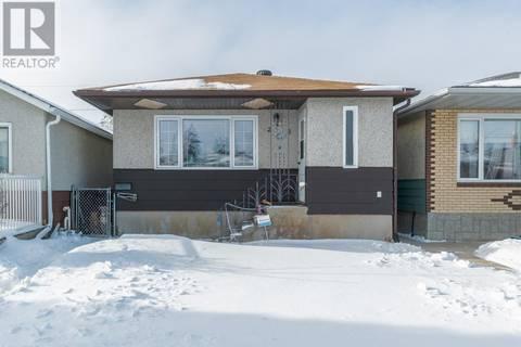House for sale at 2218 Mcara St Regina Saskatchewan - MLS: SK796955