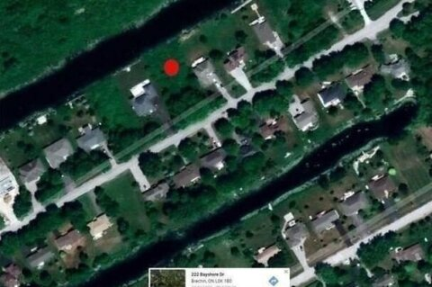 Residential property for sale at 222 Bayshore Dr Ramara Ontario - MLS: S4775354