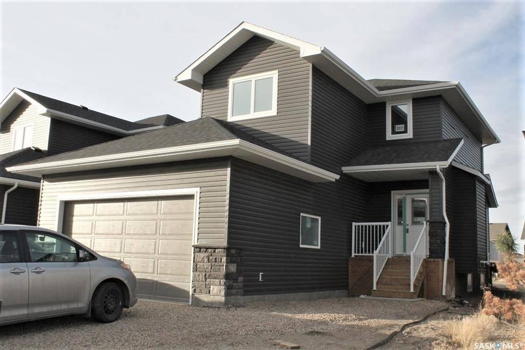 House for sale at 222 Gillies St Saskatoon Saskatchewan - MLS: SK790656
