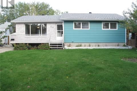 House for sale at 222 Harvey By Weyburn Saskatchewan - MLS: SK788398