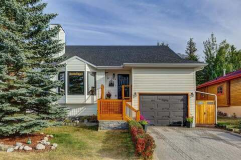 House for sale at 222 Lady Macdonald Dr Canmore Alberta - MLS: A1036866
