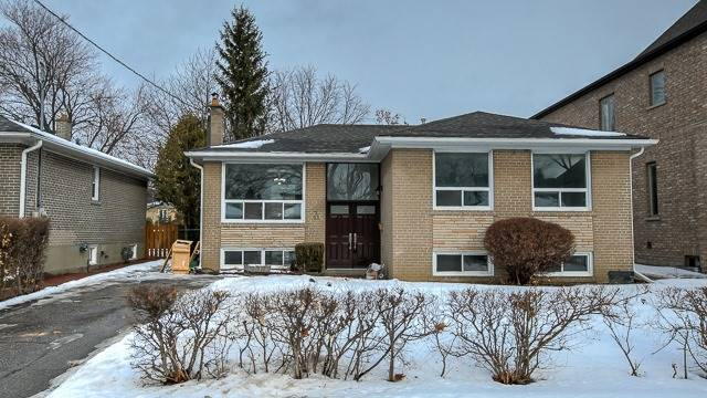 For Rent: 222 Pleasant Avenue, Toronto, ON | 3 Bed, 2 Bath House for $2,675. See 15 photos!