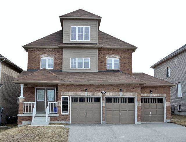 For Sale: 2223 Nevils Street, Innisfil, ON | 4 Bed, 3 Bath House for $699,000. See 16 photos!