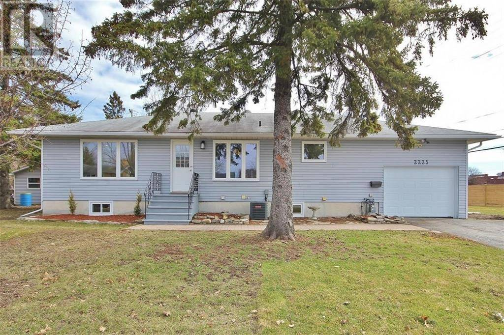 House for sale at 2225 Audrey Ave Ottawa Ontario - MLS: 1187626