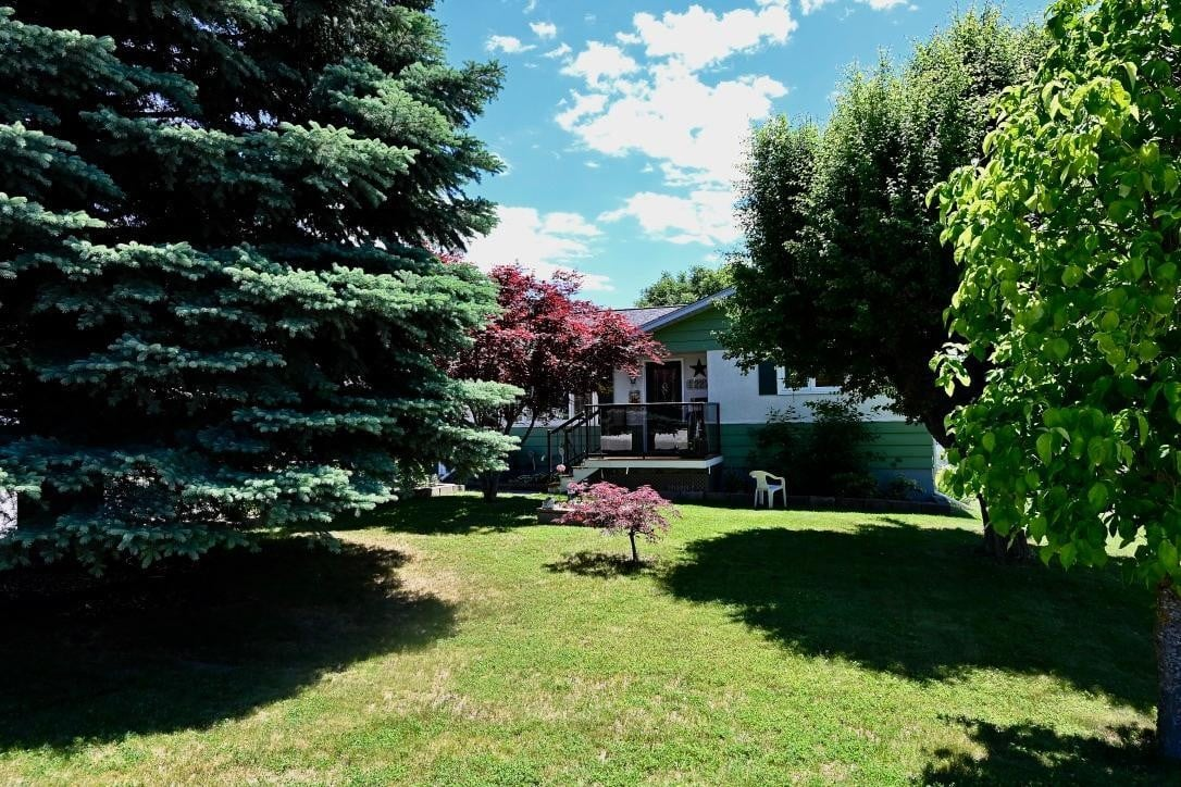 House for sale at 2227 Ash Street  Creston British Columbia - MLS: 2452841