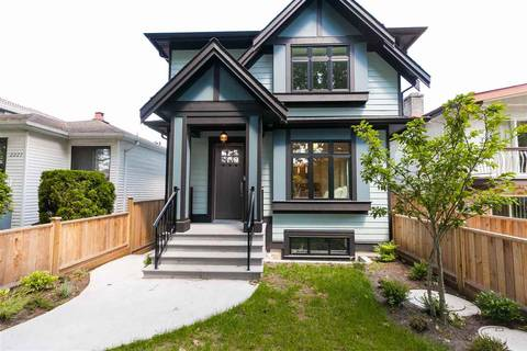 Townhouse for sale at 2227 37th Ave E Vancouver British Columbia - MLS: R2399859