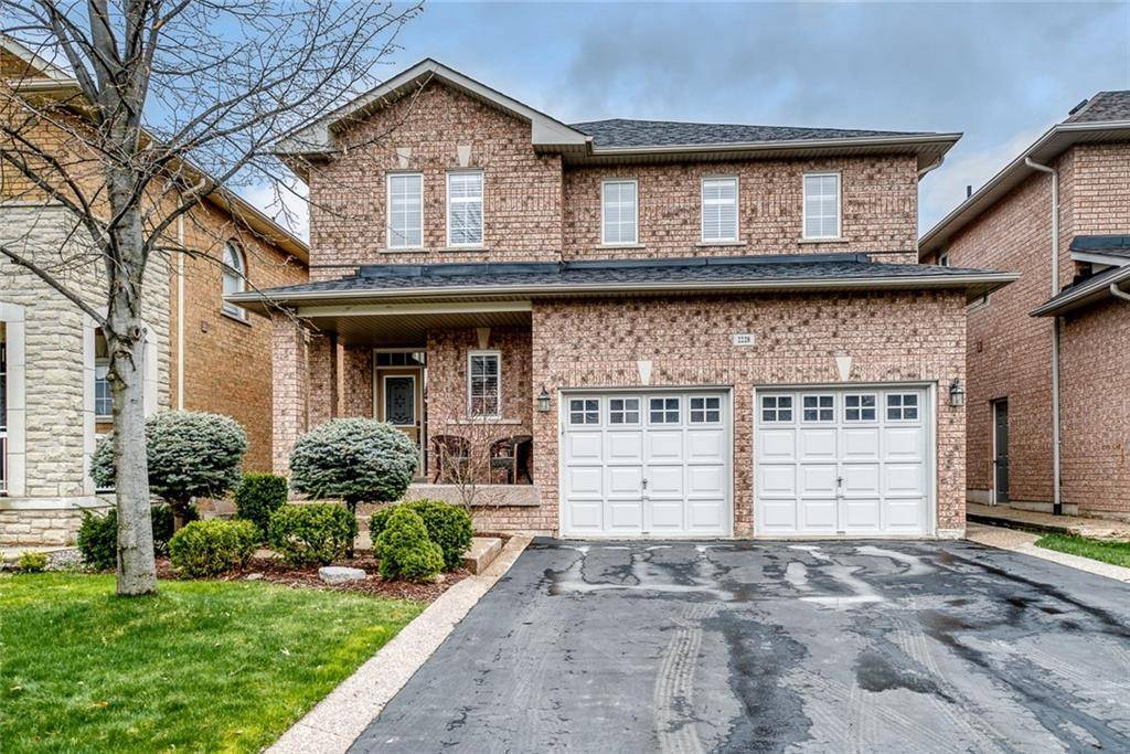 House for sale at 2228 Whitecliffe Wy Oakville Ontario - MLS: 30804535