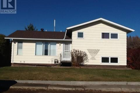 House for sale at 223 3rd Ave E St. Walburg Saskatchewan - MLS: SK786832
