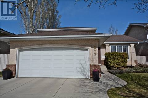 House for sale at 223 Eastman Cv  Saskatoon Saskatchewan - MLS: SK768169