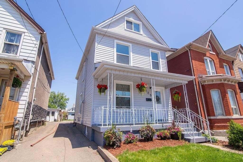 House for sale at 223 Macaulay St E Hamilton Ontario - MLS: H4079198