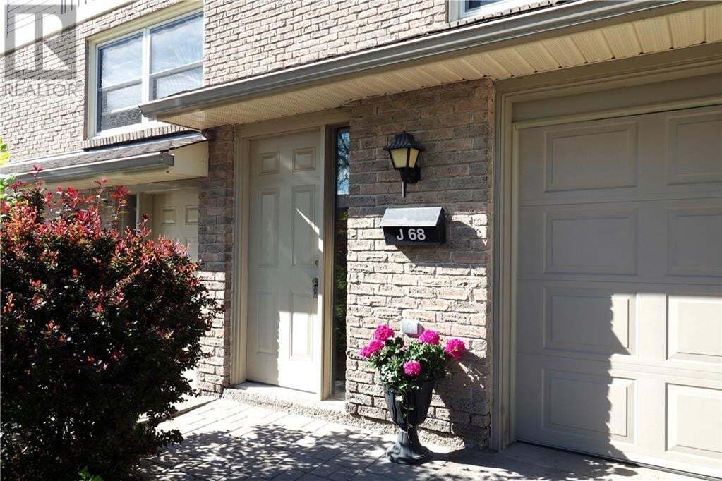 Townhouse for sale at 223 Pioneer Dr Kitchener Ontario - MLS: 30810004