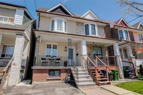 Townhouse for sale at 223 Silverthorn Ave Toronto Ontario - MLS: W4457063