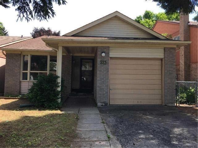 Sold: 223 Weldrick Road, Richmond Hill, ON