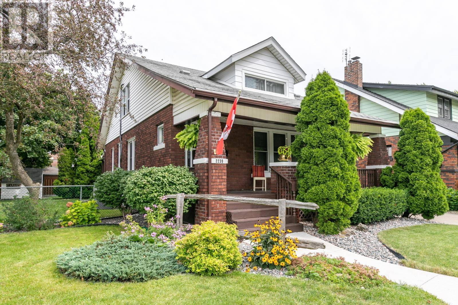 House for sale at 2230 Lincoln  Windsor Ontario - MLS: 19024658
