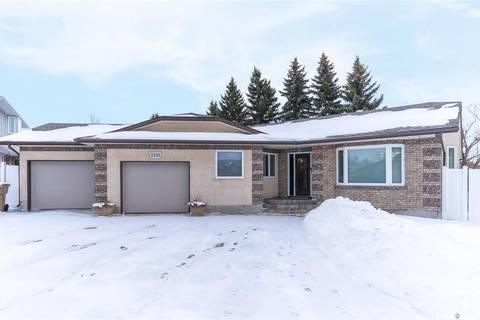 House for sale at 2231 Russell Pl Regina Saskatchewan - MLS: SK798032
