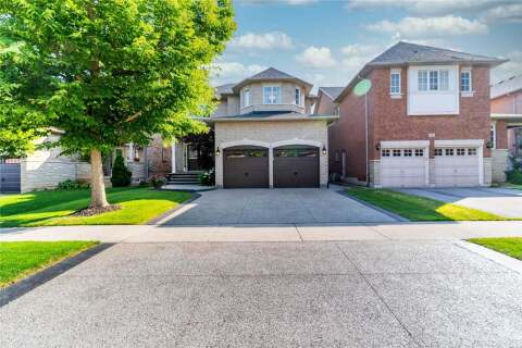 House for sale at 2232 Stratus Dr Oakville Ontario - MLS: W4815033