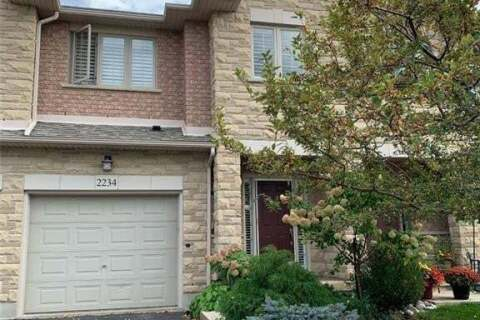 Townhouse for sale at 2234 Country Club Dr Burlington Ontario - MLS: 40023714