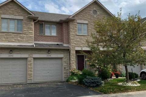 Townhouse for sale at 2234 Country Club Dr Burlington Ontario - MLS: W4919695