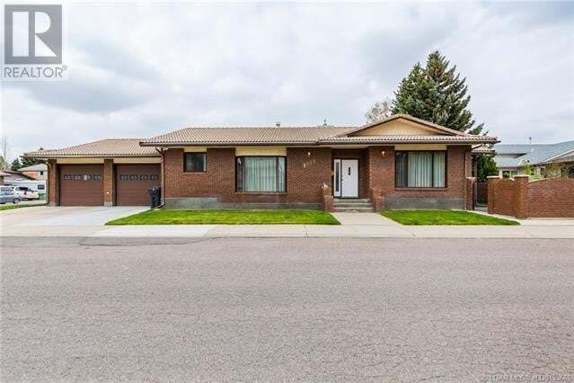 House for sale at 2235 26 Ave South Lethbridge Alberta - MLS: ld0193665