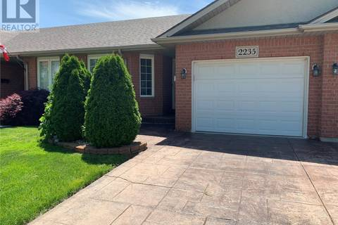 Townhouse for sale at 2235 Questa Dr Windsor Ontario - MLS: 19020031