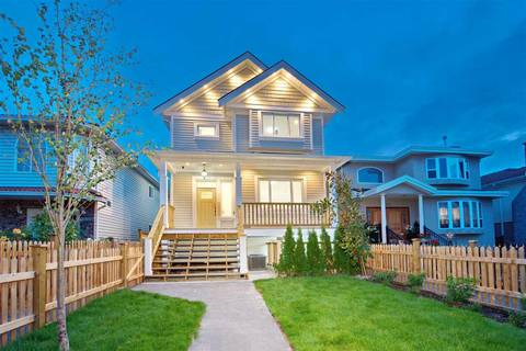 Townhouse for sale at 2236 35th Ave E Vancouver British Columbia - MLS: R2399571