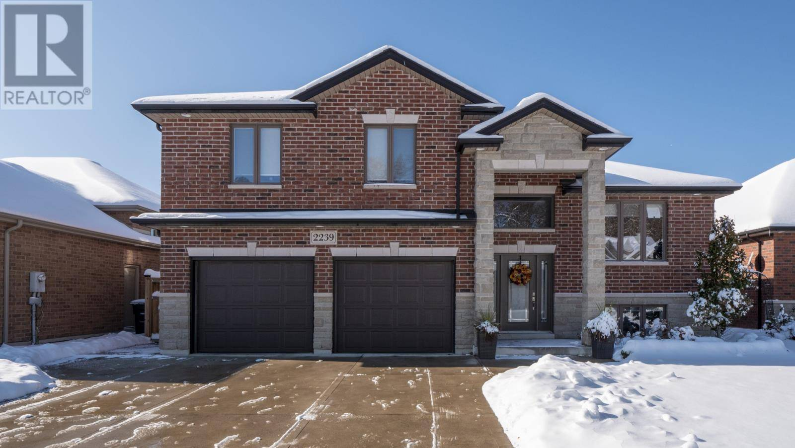 House for sale at 2239 Roxborough Blvd Windsor Ontario - MLS: 19028348