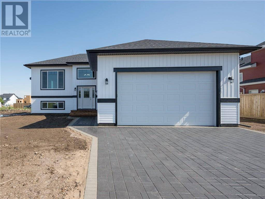 House for sale at 224 Beacon Hill Dr Fort Mcmurray Alberta - MLS: fm0174569