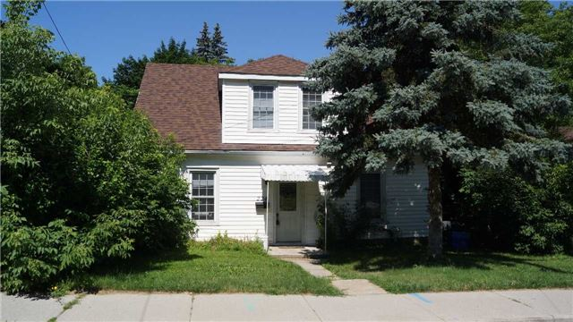 For Sale: 224 Broadway Avenue, Hamilton, ON | 6 Bed, 3 Bath House for $565,000. See 11 photos!