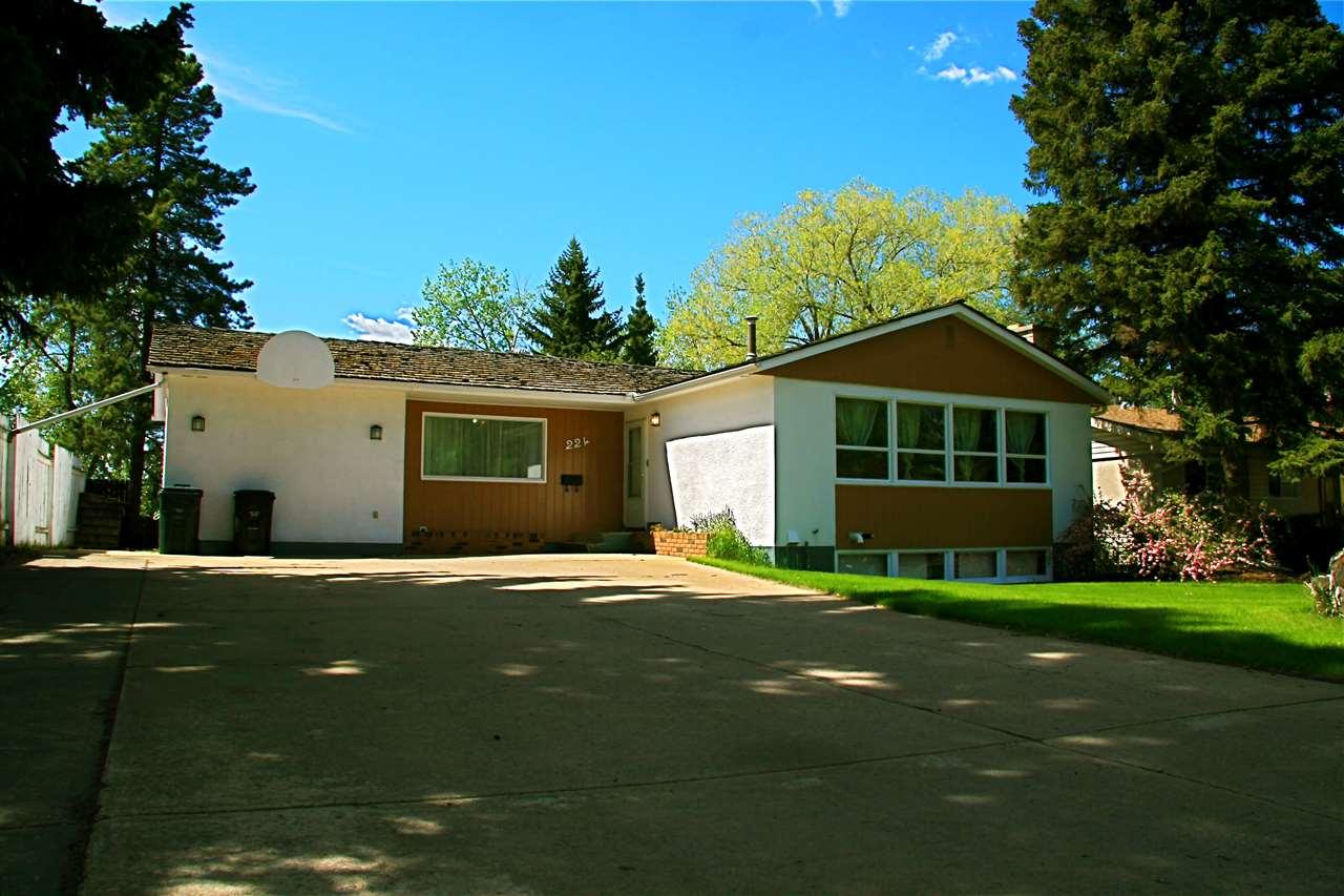 224 Cottonwood Avenue Sherwood Park For Sale 299500