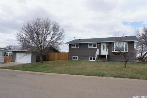 House for sale at 224 Crawford Ave W Coronach Saskatchewan - MLS: SK805942