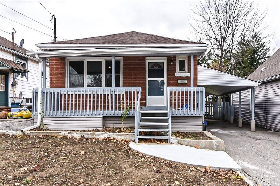 House for sale at 224 24th St East Hamilton Ontario - MLS: H4067521